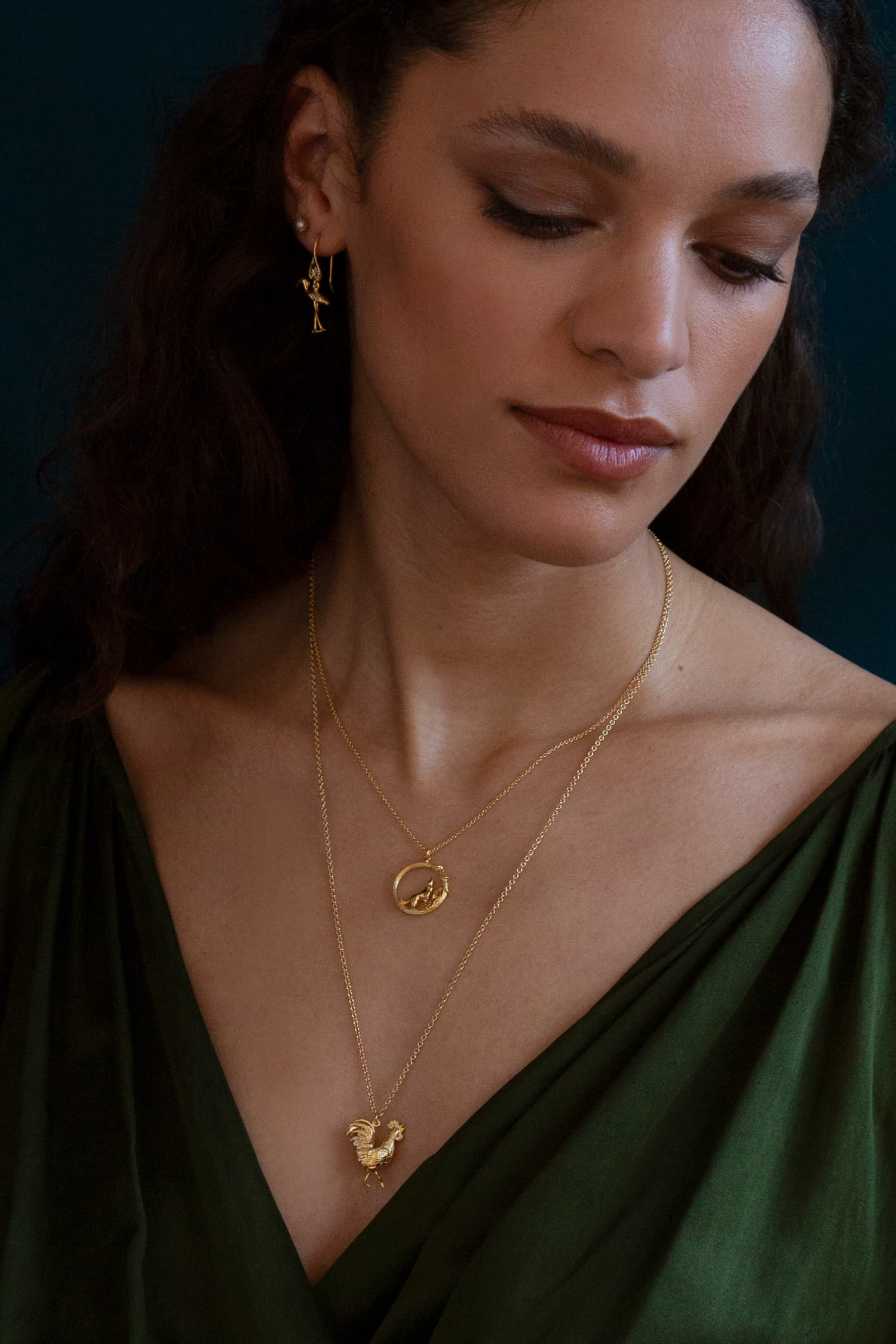 Model wears Fables Column Loop Necklace with Howling Wolf