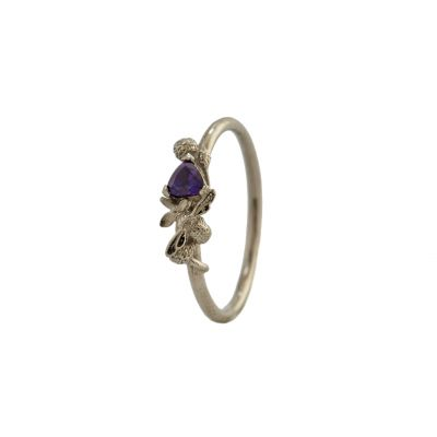 Beekeeper Ring with Purple Trillion Sapphire Product Photo