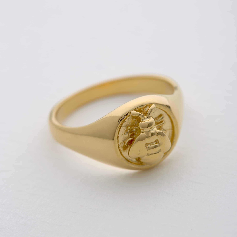 Honey bee ring